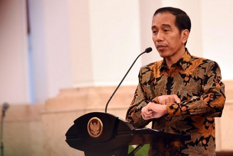 Photo of Jokowi : PSSI Harus Hasilkan Ketua umum yang Berintegritas dan bawa Kedamaian