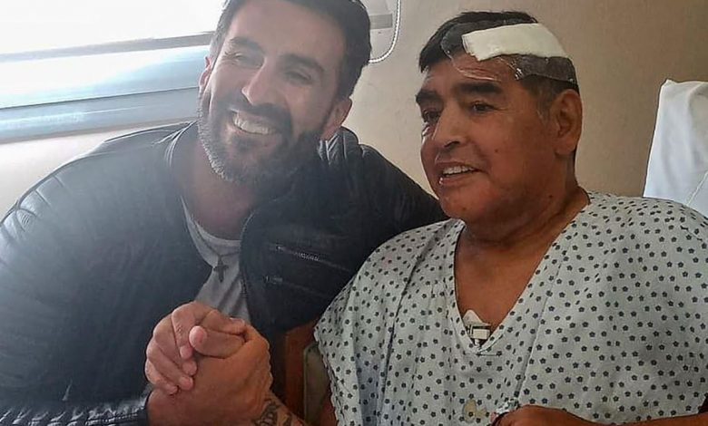 Diego Maradona Meninggal sehabis jadi tidak enak badan dan bakal ulang tidur - MamaBola