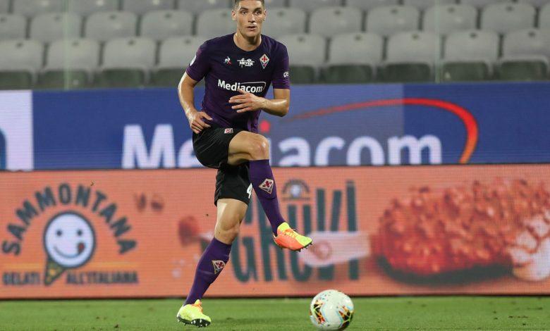 Photo of Liverpool dan Manchester United Rebutan Tanda Tangan Bek Fiorentina
