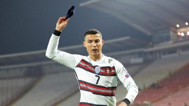 Photo of Wasit yang Anulir Gol Cristiano Ronaldo Minta Maaf